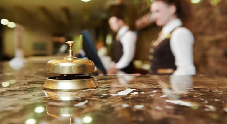 francês para profissionais de hotelaria